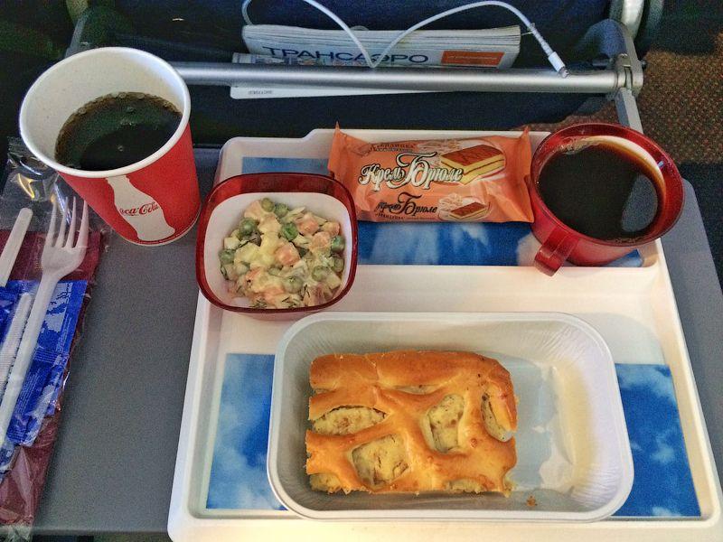 Пассажиров рейсов Домодедово угостят оливье