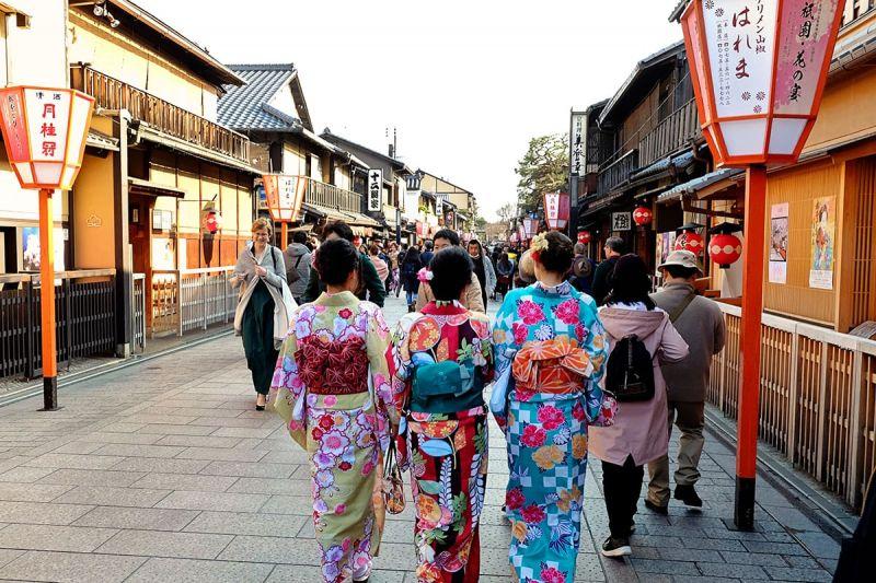 Киото в приветственном для туристов сообщении напоминает о правилах поведения