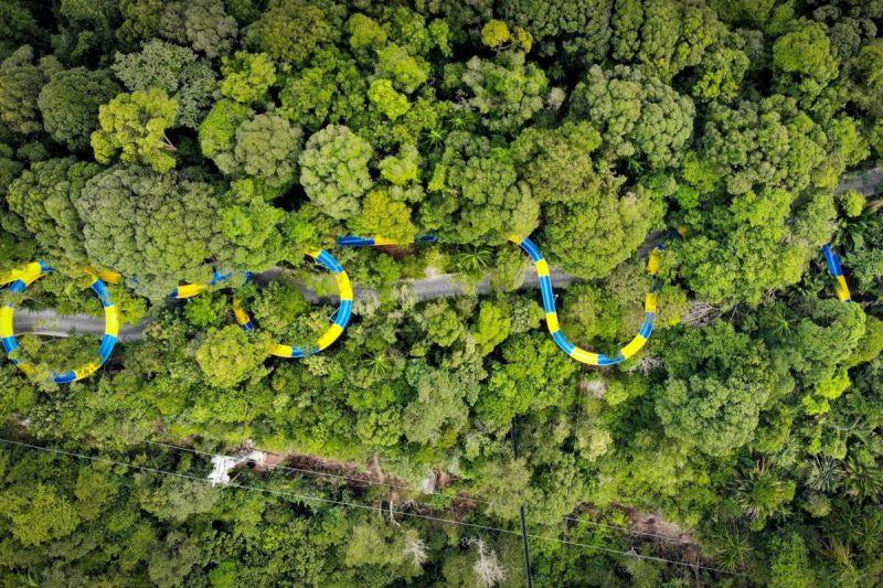 Самый длинный водный аттракцион в мире находится в Малайзии
