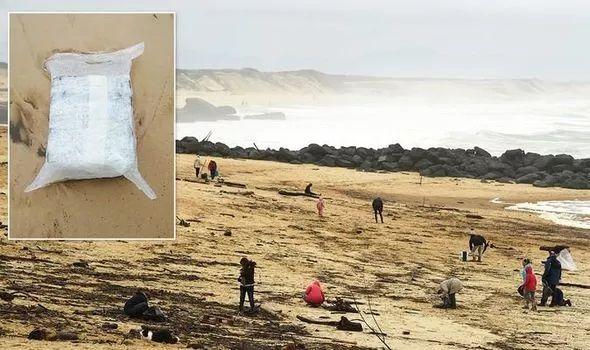 Во Франции закрыли береговую линию и пляжи