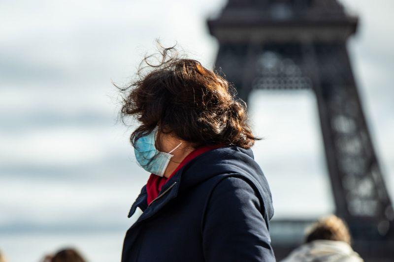 Франция ввела строгий карантин