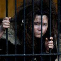 """Два польских """"пещерных человека"""" поселились в зоопарке Варшавы"""