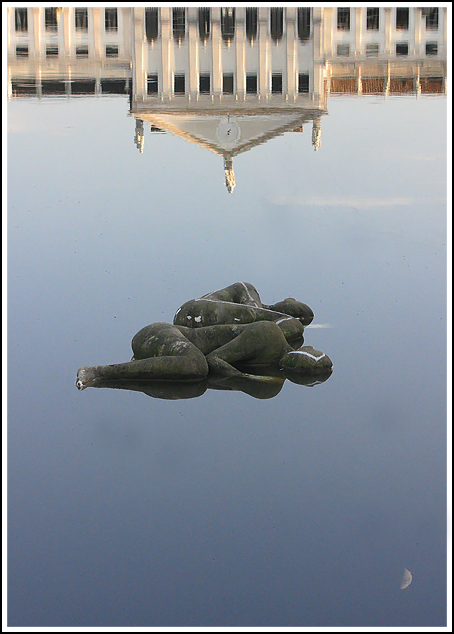 This photo from Venice, Veneto is titled 'Between earth and sky