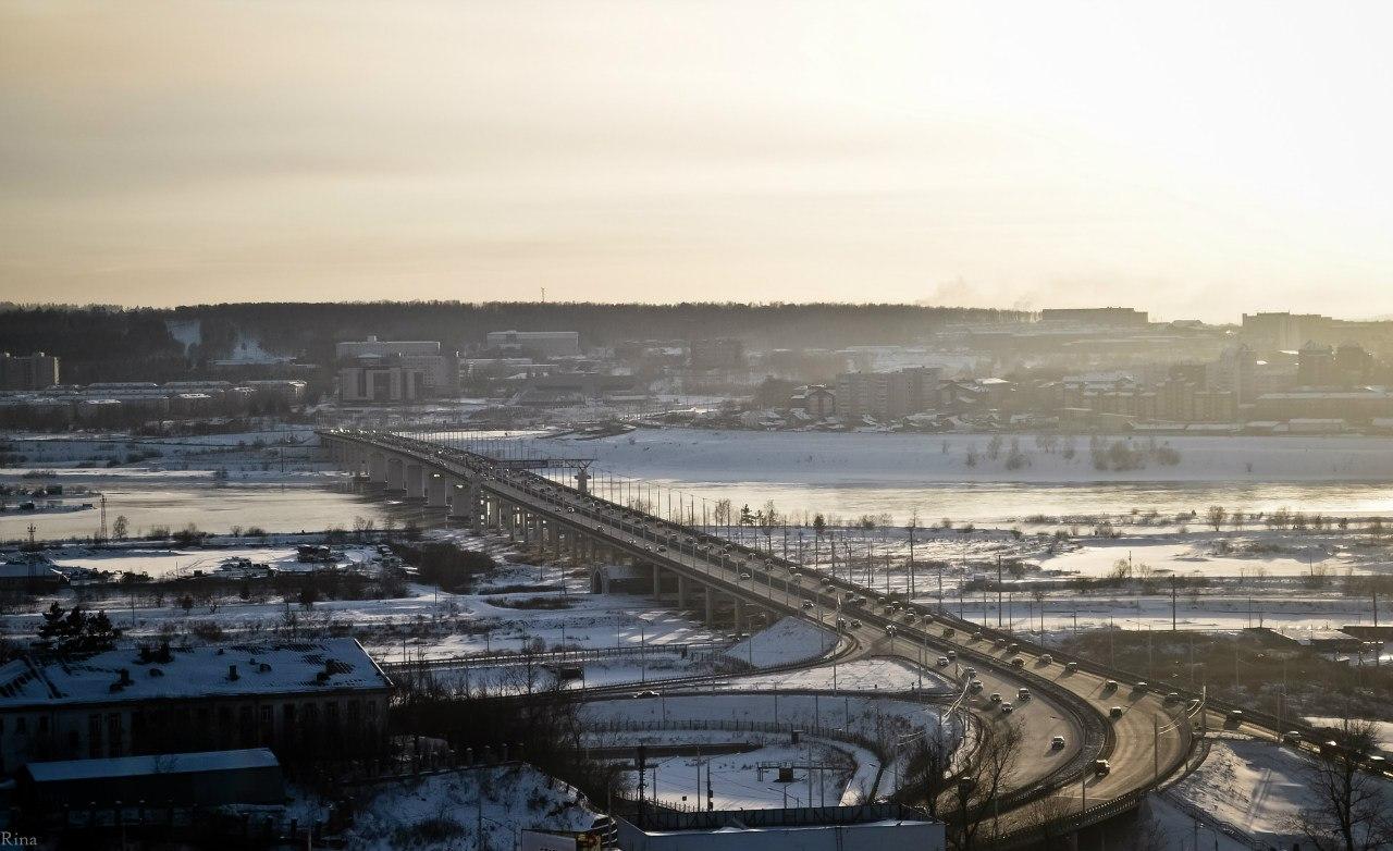 Средний балл: 4.50 (63) Комментарии: 2. Академический мост, г. Иркутск Автор. belaya.