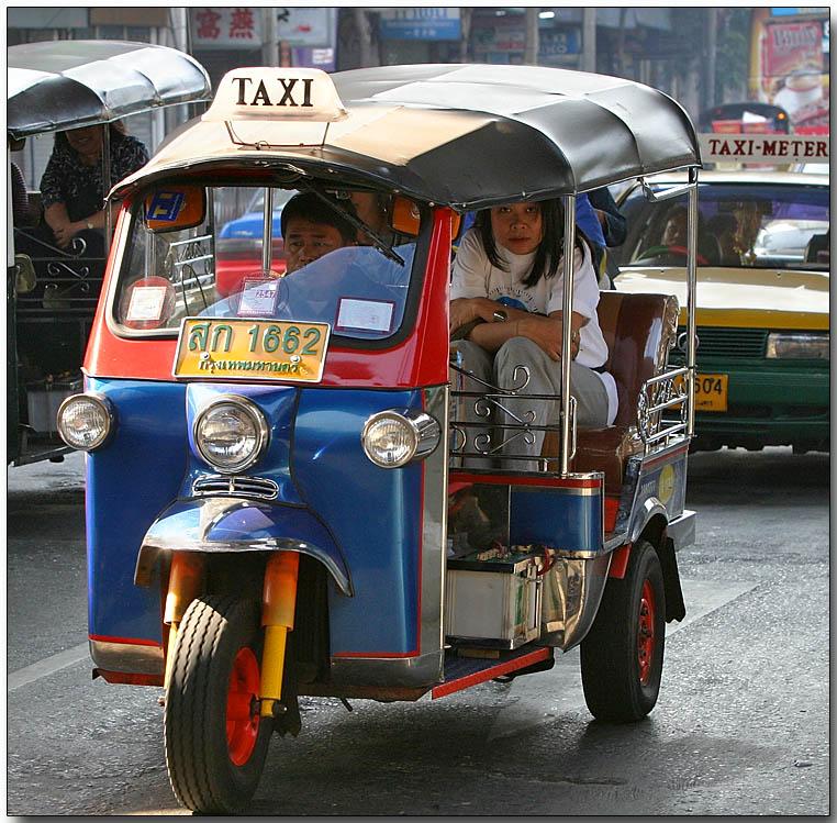 Такси Бангкока, называется тук-тук